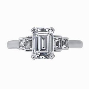 Emerald Cut & Step-Down Baguette Engagement Ring 1.37ct - I VS1 - Anchor