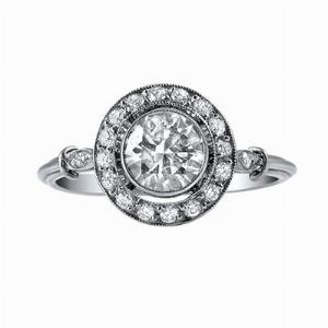 Brilliant Cut Diamond Cluster Ring - 0.95ct