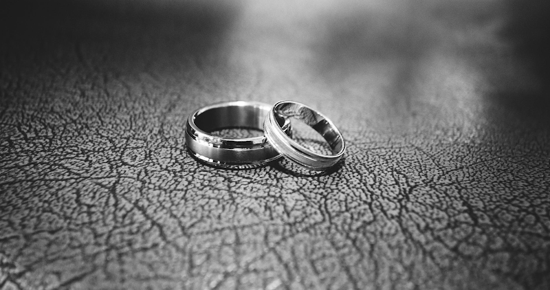 Fixing a broken wedding ring, how to repair and restore your ring
