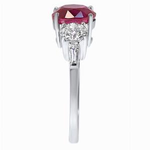 Oval Dark Pink Sapphire & Brilliant Cut Diamond Three Stone Ring_side profile