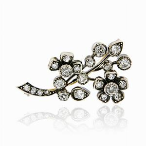 Old Cut Diamond Brooch in Gold