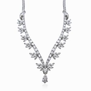 Pear Shape Diamond Drop Necklace 25ct Approx