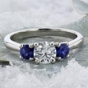 Sapphire-Inverse-Three-Stone2.jpg