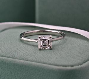 Asscher Cut Single Stone Claw Set Diamond Ring 1.10ct E VVS2 GIA