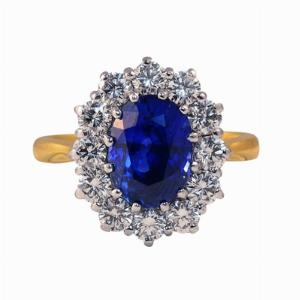 Oval Sapphire & Diamond Cluster Ring - 4.00ct